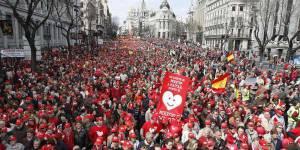 IVG en Espagne: manifestations à Madrid, Paris, et Londres pour défendre le droit d'avorter