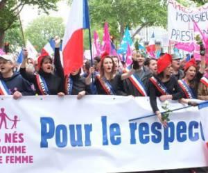 Manif pour tous: à Paris, ils étaient entre 80.000 et 500.000
