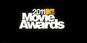 """MTV Movie Awards : tous mordus de Robert Pattinson et Kristen Stewart de """"Twilight"""""""