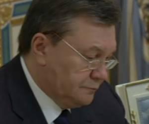 Ukraine: le président Viktor Ianoukovitch aurait « promis » de donner sa démission