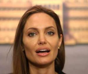 Angelina Jolie s'engage contre le viol en temps de guerre