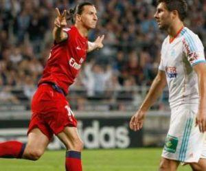 """Zlatan Ibrahimovic tacle Gignac, le cinquième """"défenseur du PSG"""""""