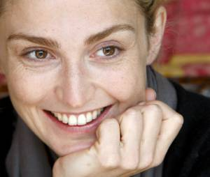 Julie Gayet ne se sent pas coupable de la rupture entre François Hollande et Valérie Trierweiler