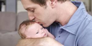 Fête des Pères : une journée pour l'égalité des tâches familiales ?