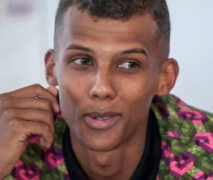 Stromae : Mosaert, sa collection de polo et de chaussettes pour hommes, femmes et enfants bientôt en vente
