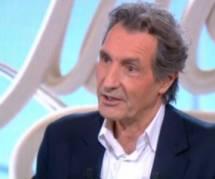 """Bourdin dans """"Le Tube"""" sur Mélenchon: """"arrêter l'interview m'a traversé l'esprit"""" - vidéo"""