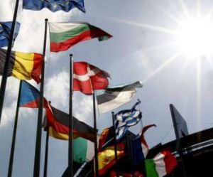"""Pourquoi 58% des Français disent-ils encore """"oui à l'Europe"""" ?"""