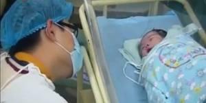 Une émission de TV en Chine fait scandale en filmant des accouchements sans censure