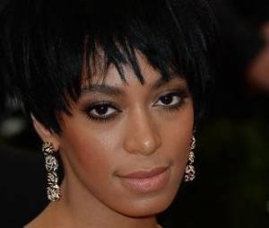 Solange Knowles présente ses excuses après l'agression de Jay-Z et Beyoncé