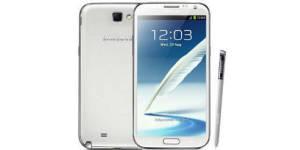 Samsung Galaxy Note 4 : les premières fuites avant la sortie