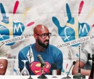 """Dieudonné : nouvelle """"quenelle"""" d'Anelka, la polémique continue"""