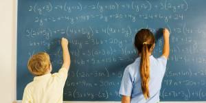Non, les filles ne sont pas moins douées en maths que les garçons