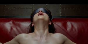 50 Shades of Grey : les bandes annonces sous-titrée et en français enfin dévoilées - Vidéos