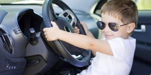 À 3 ans, il vole une voiture et fonce dans une maison