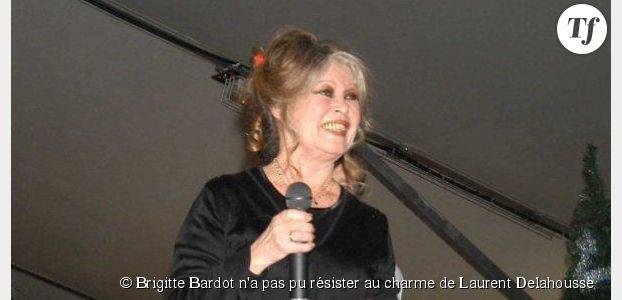 Brigitte Bardot n'a pas pu résister au charme de Laurent Delahousse