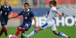 Coupe du monde de football 2015 : les footballeuses refusent le gazon artificiel