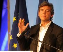 """Arnaud Montebourg prend le métro """"avec plaisir"""""""