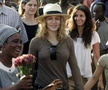 Madonna : elle abandonne son projet d'école pour filles au Malawi