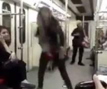 Iran : une jeune femme défie les lois du pays en dansant dans le métro