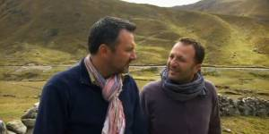 Rendez-vous en terre inconnue : Arthur chez les Quechuas – France 2 Replay / Pluzz