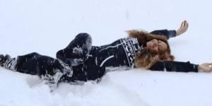 Beyoncé : la diva s'éclate en Islande au milieu des glaciers