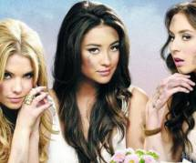 Pretty Little Liars: Emily (Shay Mitchell) et Alison (Sasha Pieterse) bientôt en couple ?