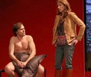 Deux hommes tout nus : 3 raisons de voir la pièce avec Isabelle Gélinas et François Berléand