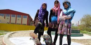Afghanistan : les petites skateuses prennent le pouvoir