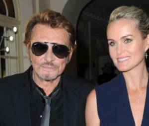 Laeticia Hallyday : Johnny transformé par ses filles Jade et Joy
