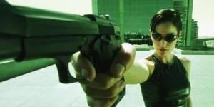 """Les femmes les plus """"badass"""" du cinéma dans une vidéo coup de poing"""