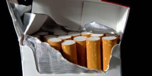 Tabac : Valérie Pécresse annonce un plan de lutte contre la contrebande