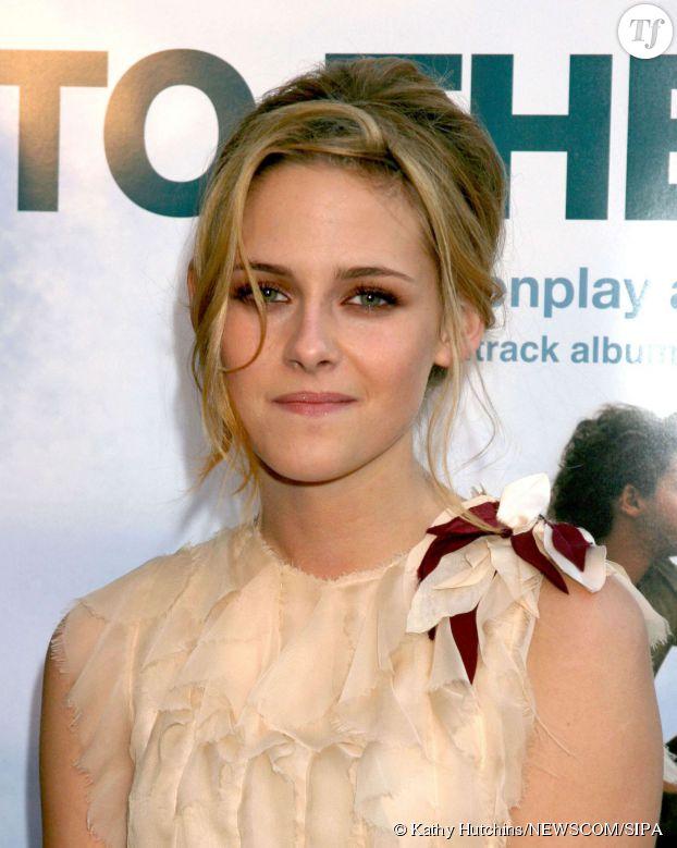 Kristen Stewart blonde à la première d'Into the wild en 2007