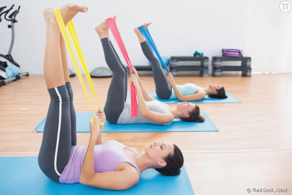L'elastiband est l'accessoire qu'il vous faut pour vous muscler à l'approche des beaux jours