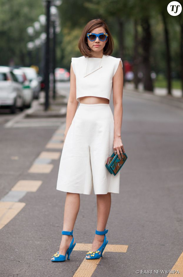 Le bon mix : jupe-culotte et top crop.
