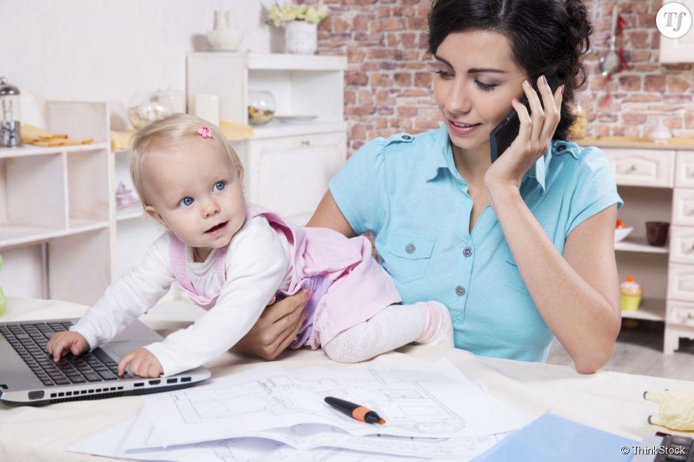 Avoir une maman qui travaille rend les filles plus épanouies