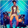 Mars 2013 : Entre Rihanna et le très court, c'est une histoire d'amour. Si bien que sur la scène du I Heart Radio festival, on dirait que la chanteuse à simplement oublié son pantalon !