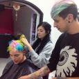 Merman hair : dans les coulisses d'un salon de coiffure
