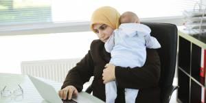 "Iran : 47 000 mères actives virées car ""trop chères"""