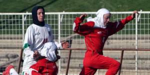 Cette championne de foot iranienne est interdite de compétition par son mari