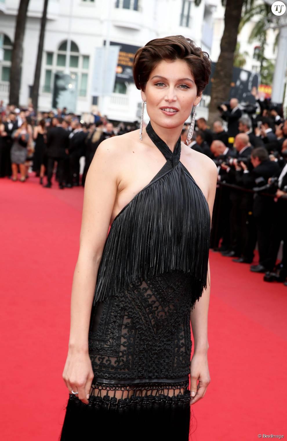 """Laetitia Casta (bijoux Cartier) - Montée des marches du film """"La Glace et le Ciel"""" pour la cérémonie de clôture du 68 ème Festival du film de Cannes, à Cannes le 24 mai 2015."""