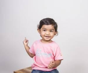 Baby Hero, la marque de vêtements solidaire qui sauve des centaines de bébés