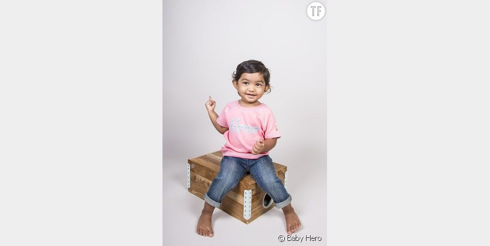 Baby Hero habille les enfants, mais vient aussi en aide à leurs mamans !