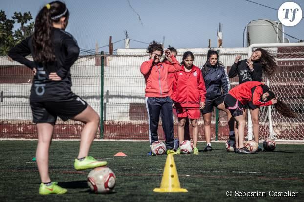 Les filles de l'académie en plein entraînement.