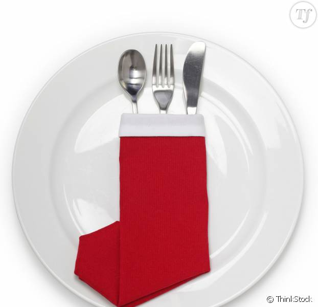 Id es pliage serviettes papier noel for Pliage de serviette de table pour noel