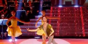 Prodiges 2 : à 15 ans, le danseur Melvin remporte le concours (France 2 Replay)
