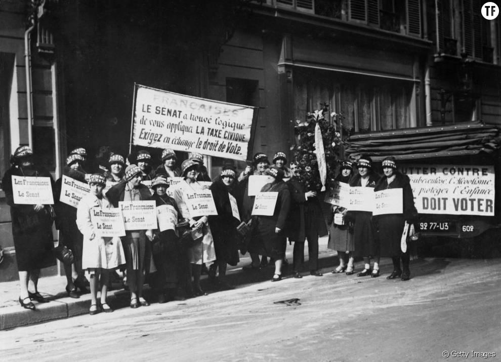 Les suffragettes à Paris, en 1930.