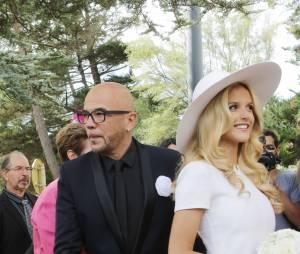 Pascal Obispo et Julie Hantson, le jour de leur mariage civil, le 18 septembre 2015 au Cap-Ferret
