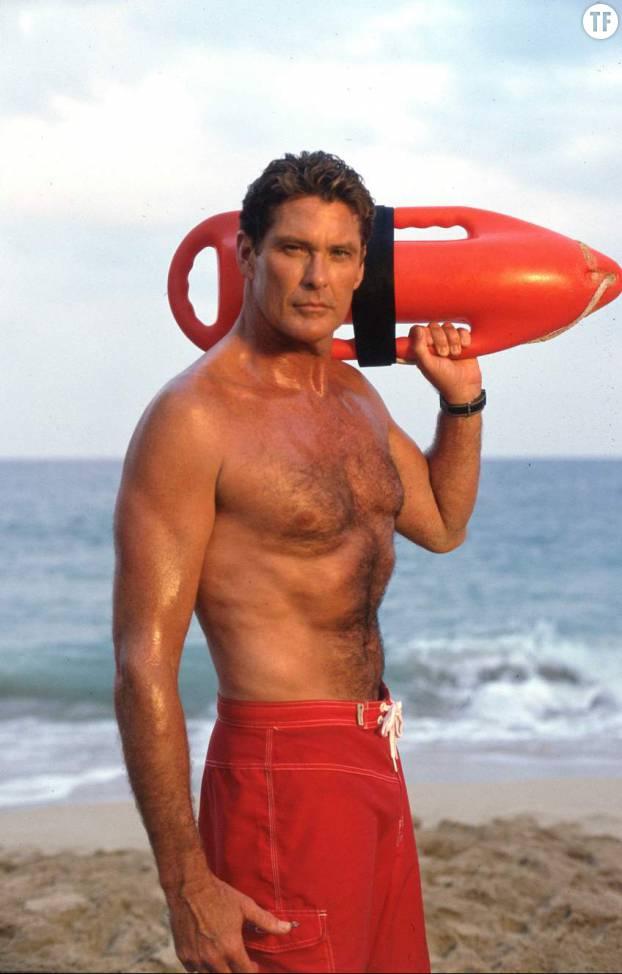 David Hasselhoff de la série Alerte à Malibu, ou la raison de la passion des gamines des 90s pour les sauveteurs.