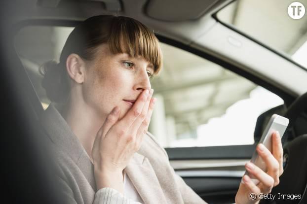 WESNET fournit des téléphones sécurisés aux victimes de violences conjugales pour garantir leur protection