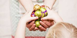 Pâques 2016 : 12 petits cadeaux pour les enfants qui changent des oeufs